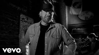 Watch Toby Keith Hope On The Rocks video