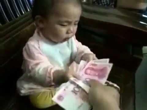 Parayı Görünce Susan Bebek
