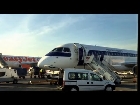 LOT Polish Airlines Embraer 195: Kraków to Warsaw
