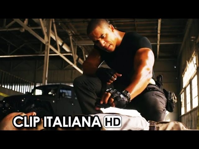 SUPERFAST & SUPERFURIOUS Clip Italiana 'Il detective Rock Johnson' (2015) HD