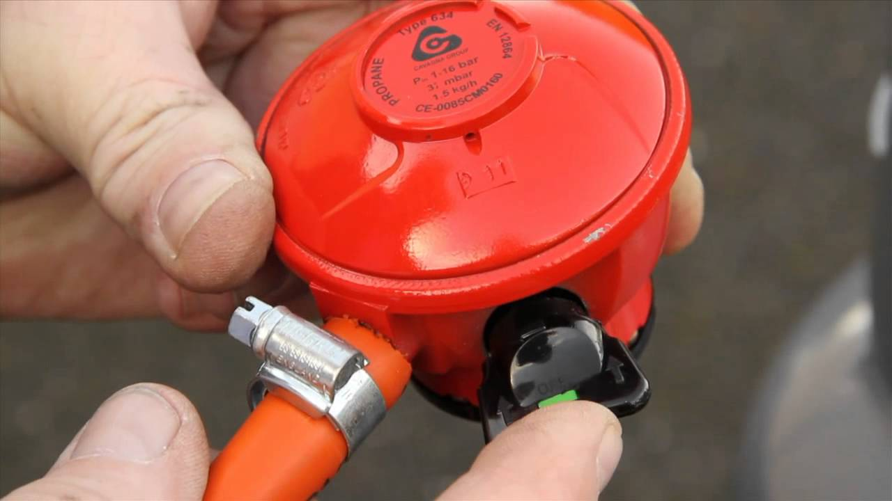 Calor Tips - How to fit a Propane Gas Regulator - YouTube