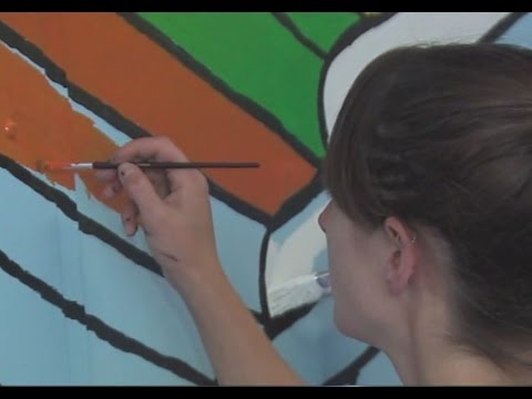 Constellation Energy spruces up Crossroads School with mural