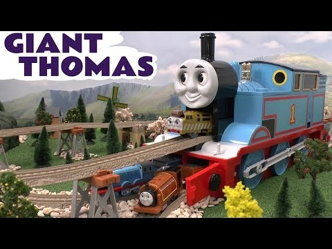 Tomy Thomas and Friends Giant Storage Toy Train Thomas The Tank Engine with Trackmaster Track