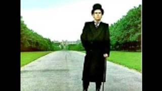 Watch Elton John Return To Paradise video
