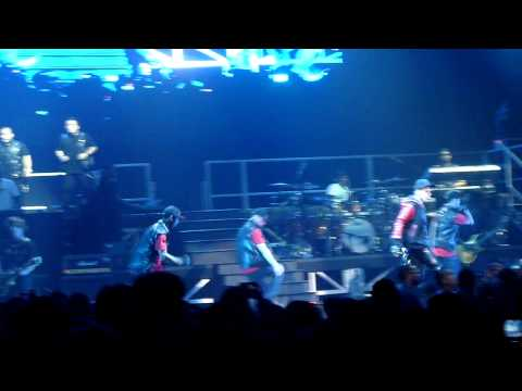 Justin Bieber - One Time (Live in SICC Indonesia)