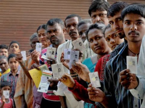 Bypolls:Voting underway in Mainpuri, Medak and Vadodara LS seats, 33 Assembly seats across 10 states