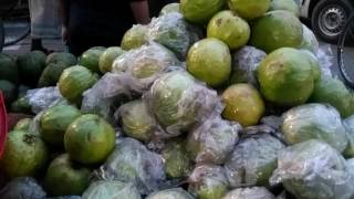 Amazing Fruit seller 2017 | Street fruit in Dhaka