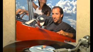 Watch Lee Greenwood Hearts Arent Made To Break theyre Made To Love video