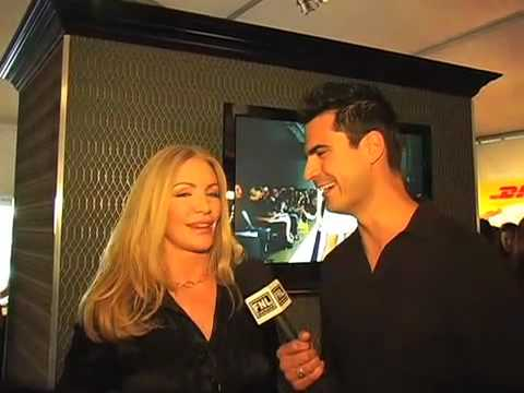 Rocco G interviews Shannon Tweed @ LA Fashion Week Fall 08 Video