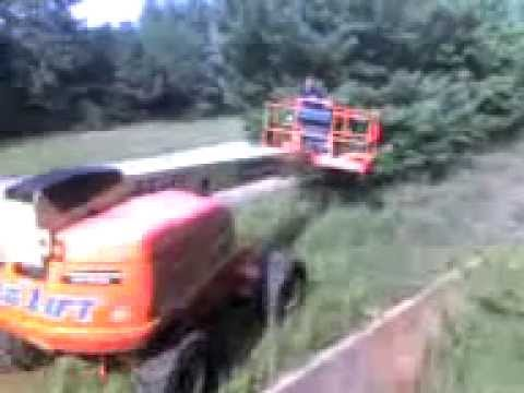 dumbass flips a 60ft boom lift