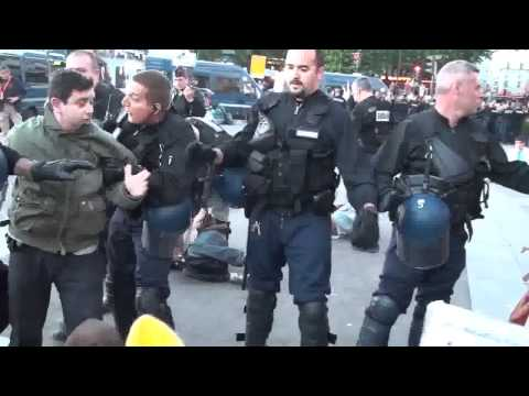french revolution - democracia real ya la bastille paris - police brutality