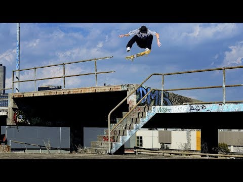 "Kyle Walker's ""Spinning Away"" RAW FILES"