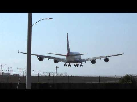 British Airways Airbus A380-841 (G-XLED) Landing in Los Angeles International Airport.