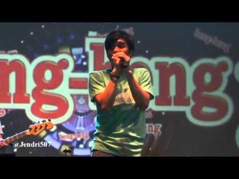 download lagu Sheila On 7 - Sephia Medley Betapa  LIVE gratis