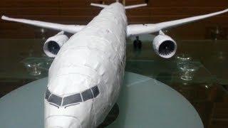 Paper Boeing 777-300ER