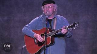 Watch Tom Paxton How Beautiful Upon The Mountain video
