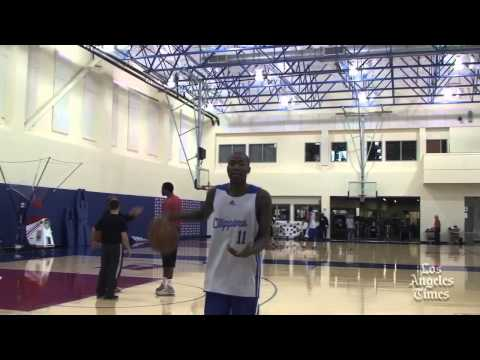 Jamal Crawford breaks down his crossover