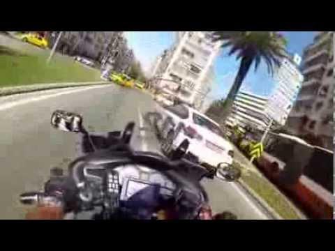 İzmir 112 Motorize Ambulans Ekipleri Trafik Kazasına Gidiyor