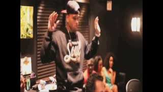 Watch Chris Brown Hit It video