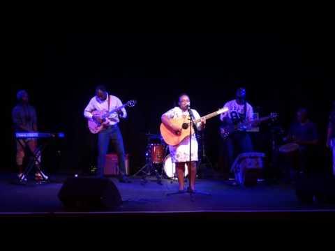 Muofhe Sings Korobela live