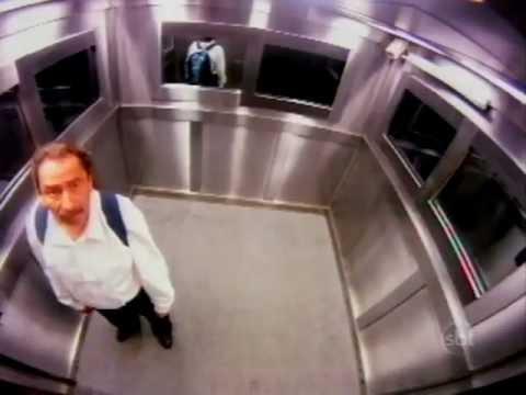 призрак в лифте (прикол)