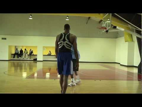 "Hakeem ""the dream"" Olajuwon teaches Dwight Howard"