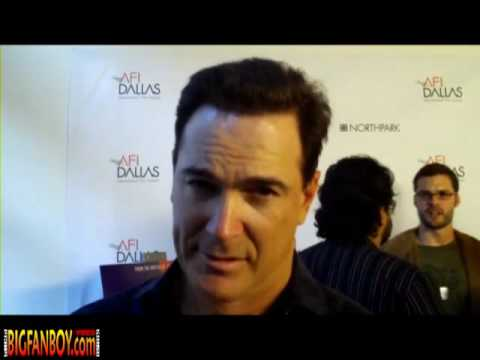 Patrick Warburton, of SEINFELD fame, drops a liner for Bigfanboy.com... with some Joe Swanson! Video