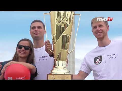 Női röplabda Eb: a győztesnek járó kupa Budapestre érkezett