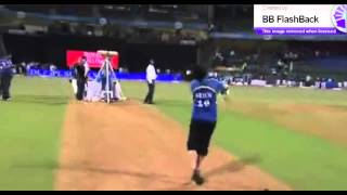 Tendulkars Son Arjun Hitting a Six at Wankhede