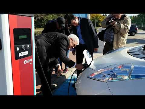 Új E.ON elektromos töltőpontok Szolnokon
