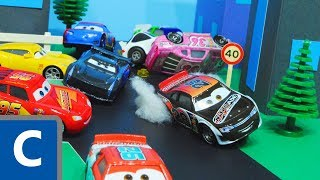 Cars 3 : Phil Tankson & Lightning McQueen And Jackson Storm's Piston Cup Race! - StopMotion
