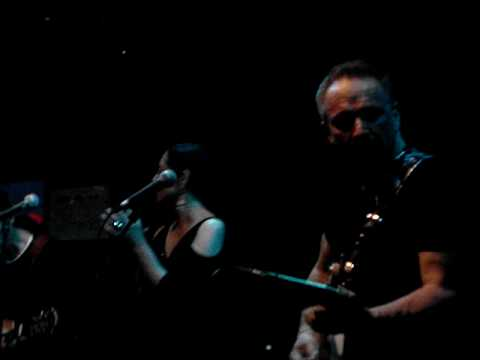 Jimmie Vaughan & Lou Ann Barton - Good Lover LIVE in MUNCH 07/2010