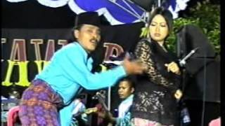 download lagu Sanjungan Jiwa   Lusiana Safara & Agung Juanda gratis
