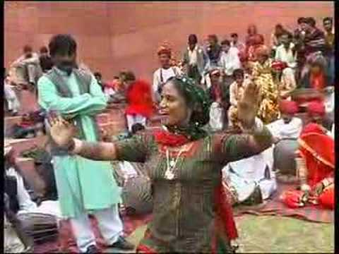 Thumbnail of video Titi Robin & Gulabi Sapera at the Virasat Festival