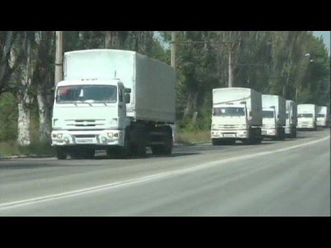 Ukraine: controversial Russian aid cargo is unloaded in Luhansk