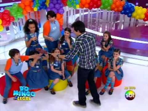 Domingo Legal (13/10/13) - Elenco de Chiquititas no Boia ou Afunda - Parte 1