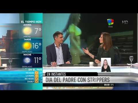 VIDEO: Intendente agasajó a padres de la comuna con un show de strippers