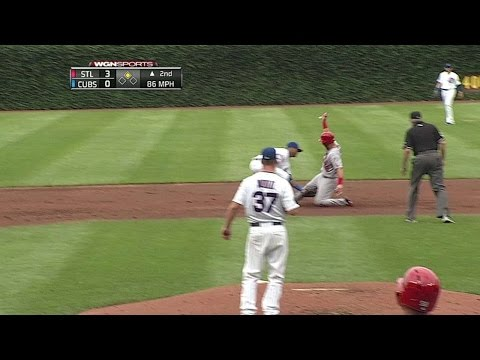 STL@CHC: Castillo fires to catch Cruz stealing second
