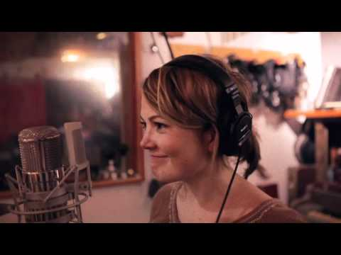 Sara Watkins - Take Up Your Spade