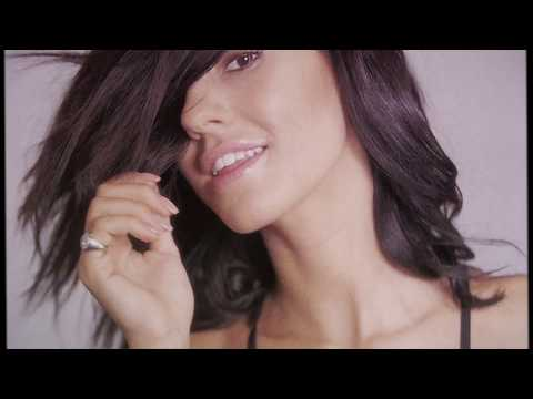 Andrea Damante - Follow My Pamp (feat. Adam Clay) BUY / LISTEN : https://itun.es/it/gr2Gkb https://open.spotify.com/track/3KPpAV... Lyrics: Keep your body movin' on Don't stop the beat the...