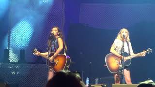 Maddie And Tae 34 Friends Don 39 T 34 6 8 2018