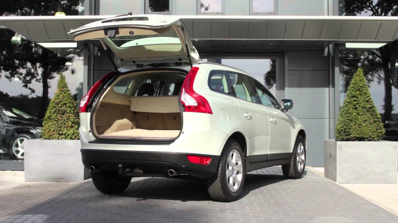 volvo xc60 awd d5 summum geartronic youtube. Black Bedroom Furniture Sets. Home Design Ideas