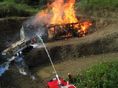 BEST OF RC FIRE TRUCKS, RC CRASH, RC ACCIDENT,  BURNING AIRPLANE, FIRE FIGHTERS, 911 2013 NEW