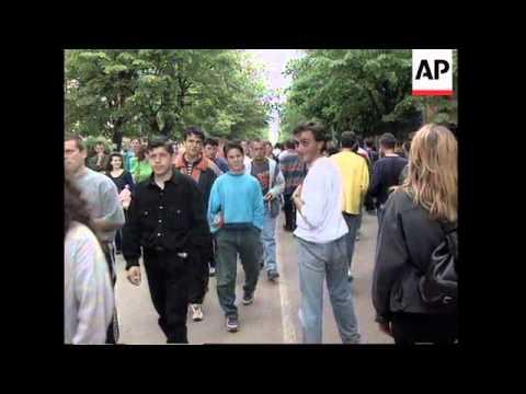 YUGOSLAVIA/ALBANIAN BORDER: TENSIONS CONTINUE IN KOSOVO CRISIS