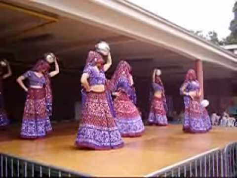 Dholi Taro Dhol Baje video