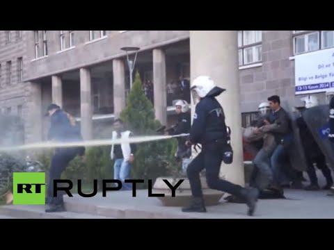 Turkey students clash with police after refusing to be searched
