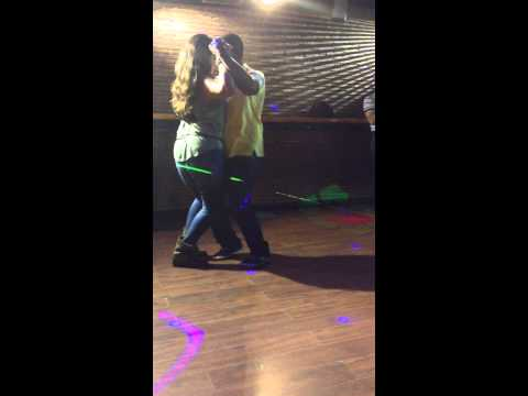 Adrian Y Evelyn - Campeones Amateur  Kizomba Social Inprovizacion-madrid 2013 video