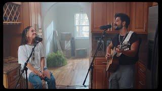 Download lagu Camilo, Evaluna Montaner - Por Primera Vez (Concierto en Casa)