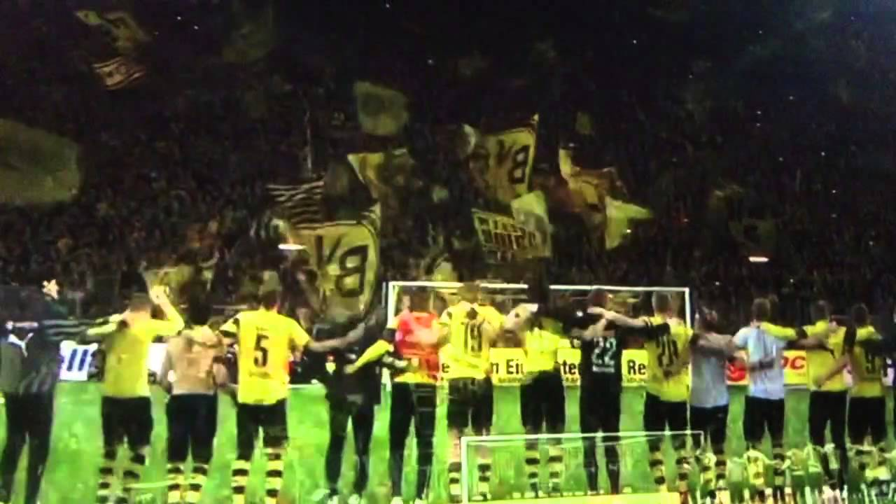 Dortmund Fans Youtube Dortmund Fans And Players