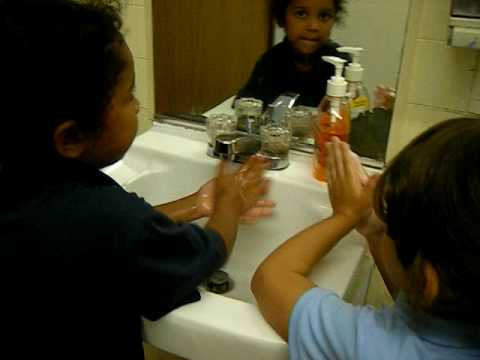 kingdom kids academy~how we wash our hands
